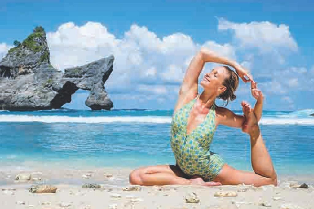 Sharni Quinn, international yoga teacher